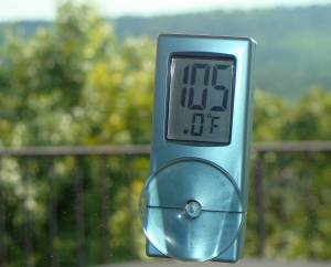 Thermometer showing 105 degrees.