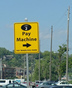 Pay Machine sign