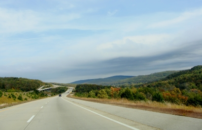 Looking north on I-540 south of Fayetteville, Ark.